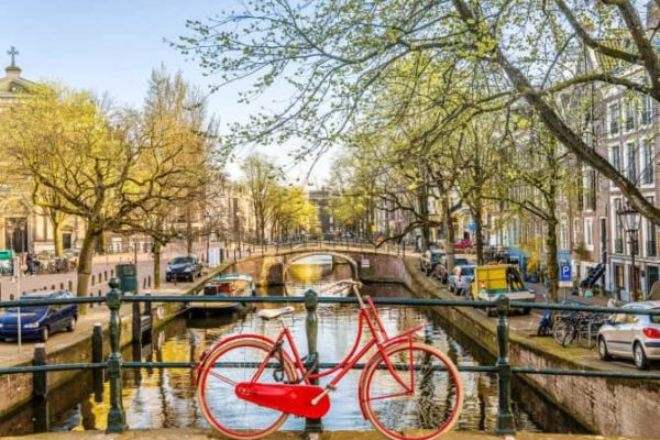 Bike routes in Amsterdam